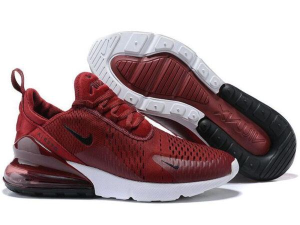 Малиновые кроссовки Nike