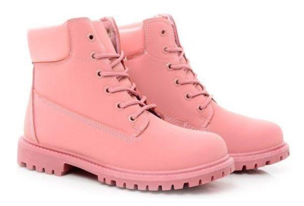 Розовые ботинки Timberland