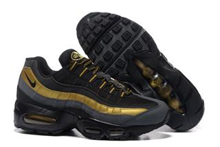 Nike Air Max 95 черные золото (36-45)