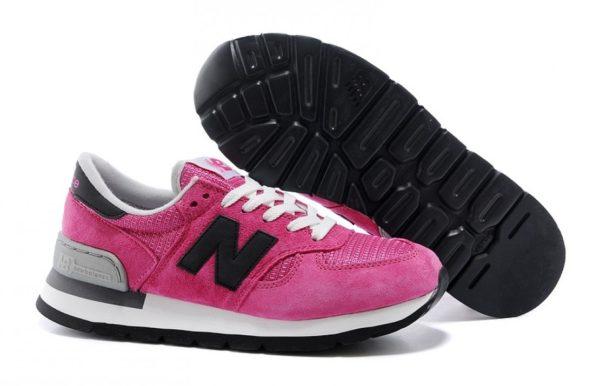 Женские кроссовки New Balance 990