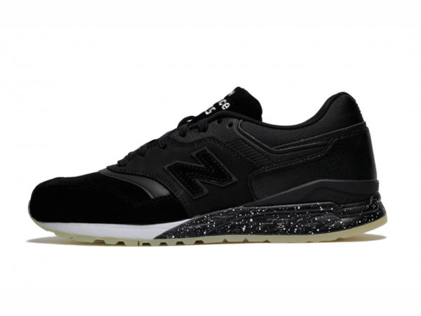 Кроссовки New Balance 997.5 замшевые черные с белым (40-44)