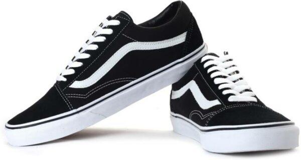 Черные кроссовки 42 размера