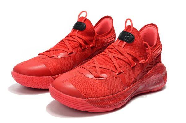 Красные кроссовки Under Armour